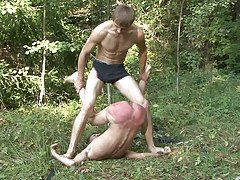 Grotty bdsm alfresco beatings