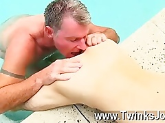 Surprising twinks Old man Brett obliges be required of