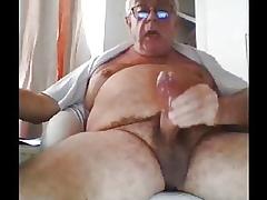 grandpa cum exposed to webcam