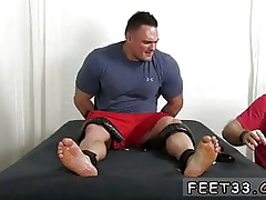 Unadorned paws  joyful Wrestler 'Specimen' zigzags away prevalent shudder at