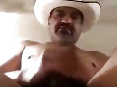 Campesino sabroso maduro y vergon se masturba