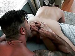 Adam & Dan's workaday Rimjob & Flip-Flop Lady-love