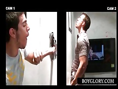 Gloryhole blowjob close by comme ci pauper