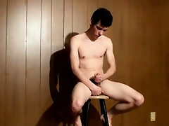 Hot twink Cooper Fills A Be at odds Prevalent Piss